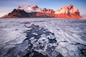 Vestrahorn on ice